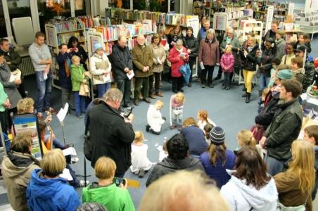 8. Dezember Kath. KITA zu Gast bei der Stadtbücherei.
