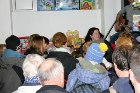 Der CVJM zu Gast in der Buchhandlung Rüger (4. Dezember 2015)